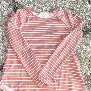 Girls long sleeve t-shirt with cold shoulders